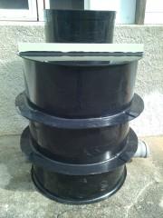 kanalizační šachta - vně