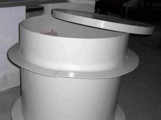plastová hlava na vrtanou studnu