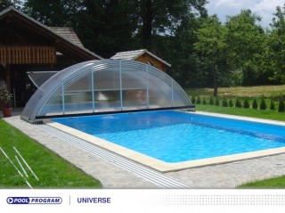 plastové zastřešení obdélníkového bazénu