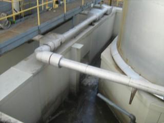 Vložkování nádrží plastem