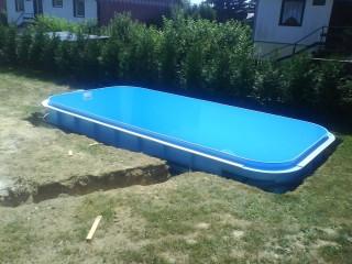 plastové bazény - zabudovaný bazén
